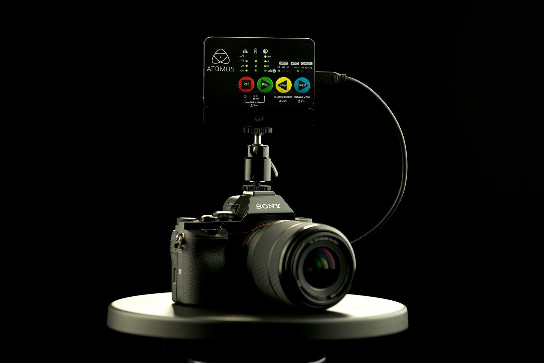 Atomos Ninja Star mit Kamera
