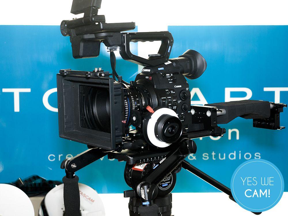 Canon EOS-C300 mit Rig links
