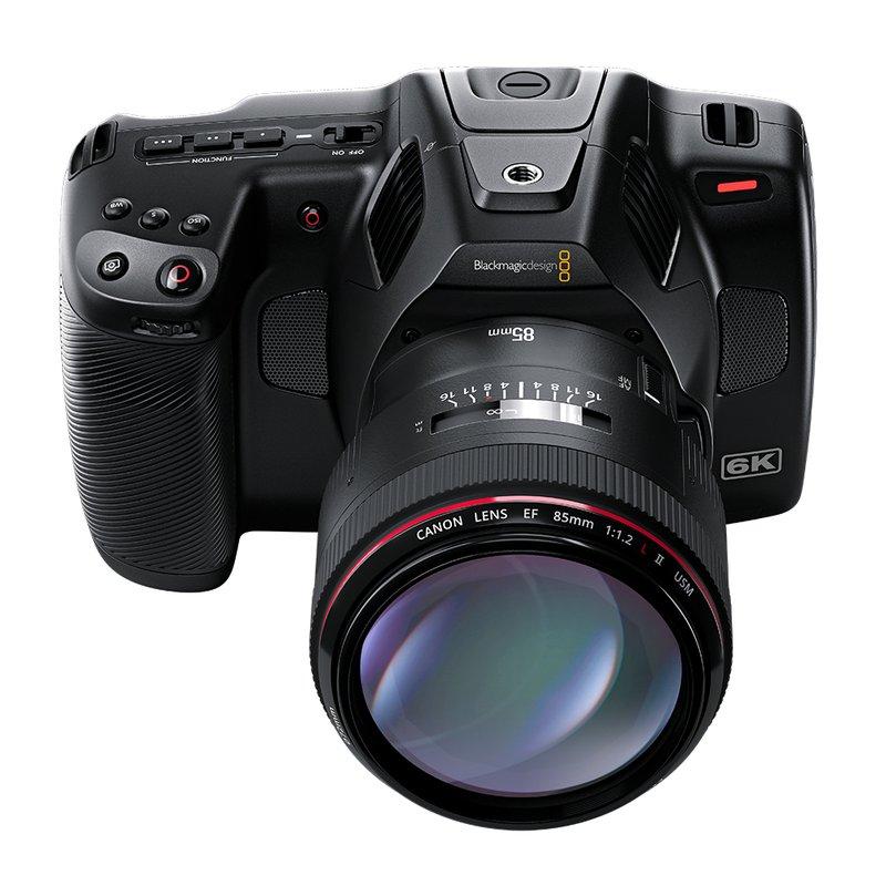 Blackmagic Pocket Cinema Camera 6K Pro mit Objektiv